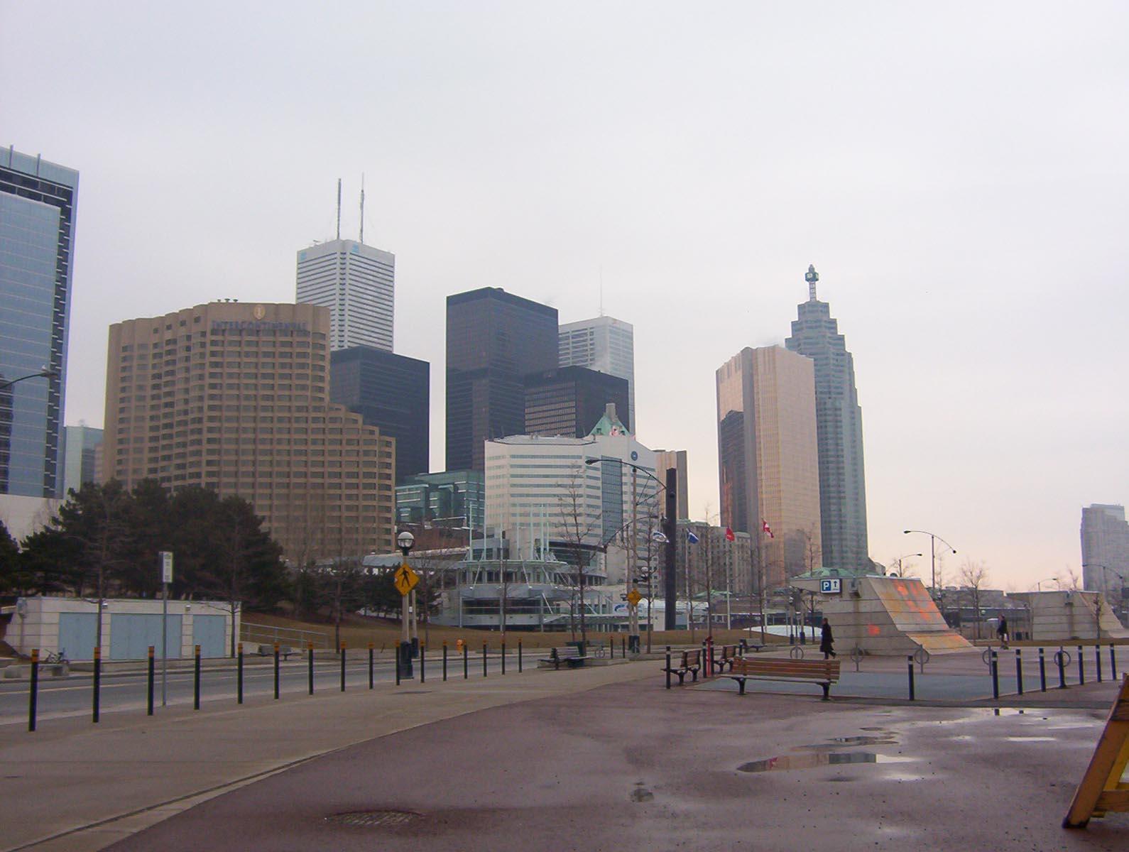 Toronto (27)