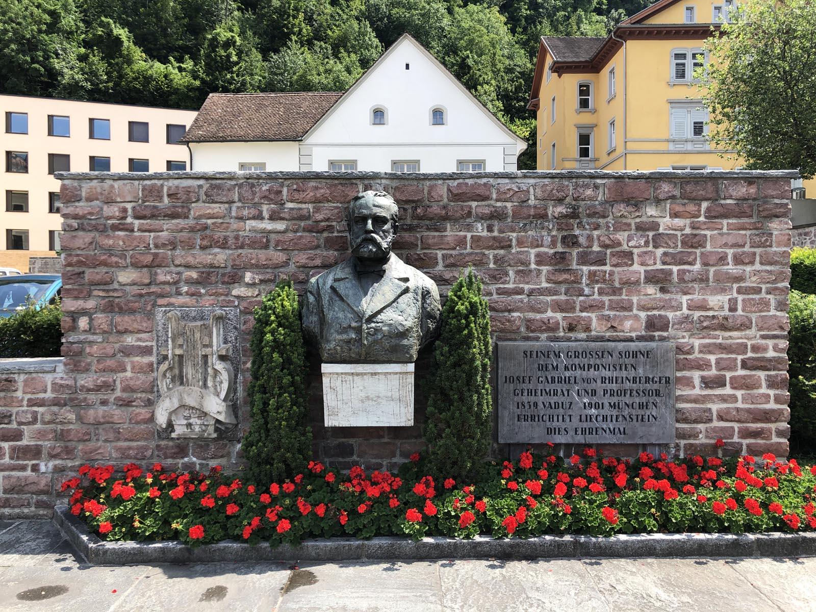 liechtenstein (25)